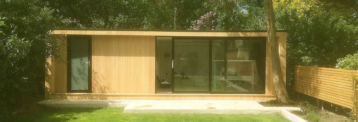 Large or small garden studios cambridge uk outdoor rooms for Tiny garden rooms